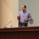 """Презентация на Александър Георгиев в АУЛА """"Максима"""" на УНСС (Google AdWords Certification)"""